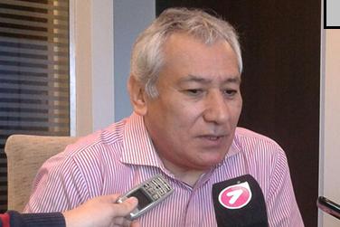Alfredo Béliz no descartó un alto acatamiento al paro en el sector de Comercio