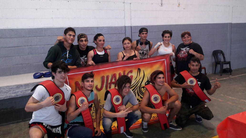 La academia municipal de kickboxing arrasa en los campeonatos de la región