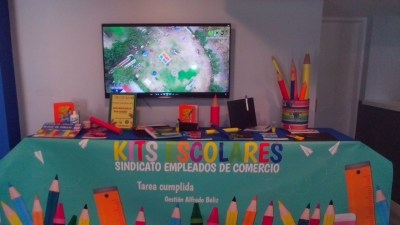 SEC: Entrega de Kits escolares