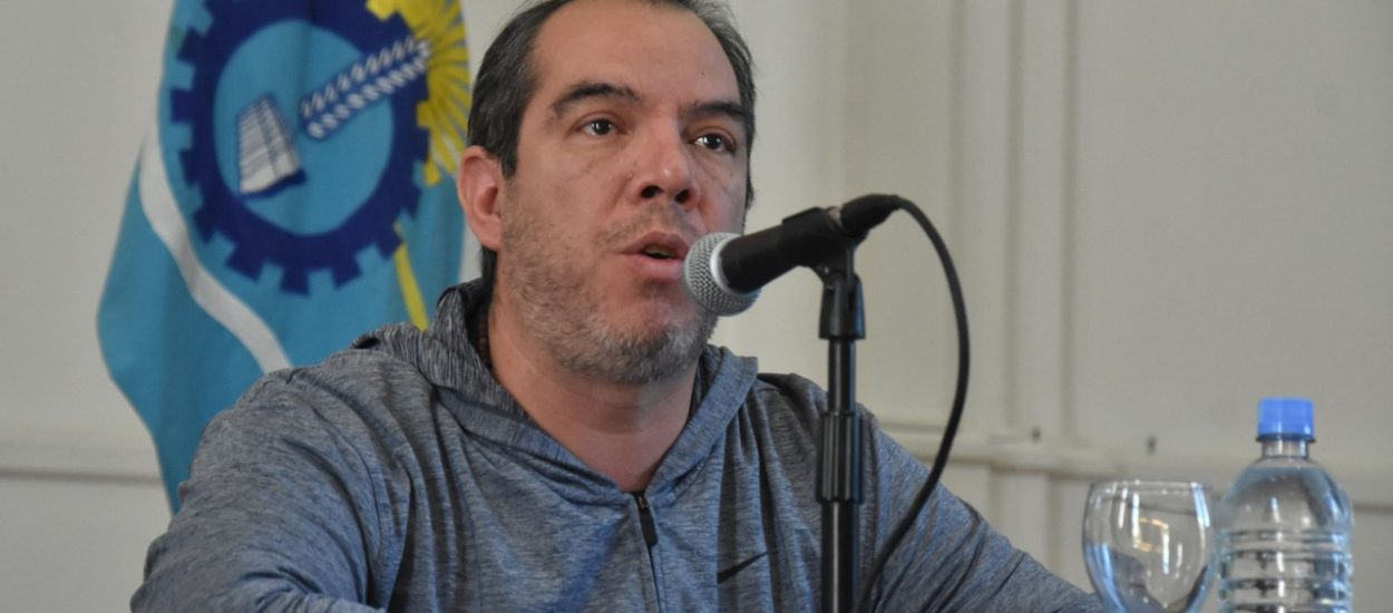 """Grazzini aseguró que en Chubut se cumplen las garantías constitucionales y pidió a la oposición que """"no haga política"""" en esta situación"""