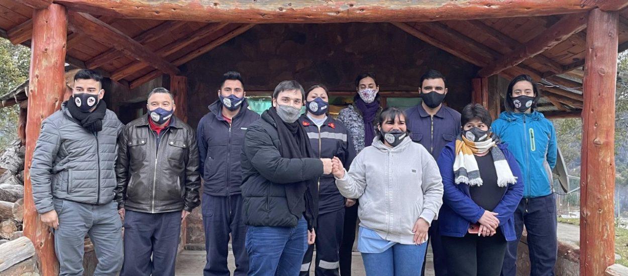 TORRES COLABORÓ CON EL NUEVO CUARTEL DE BOMBEROS VOLUNTARIOS DE CARRENLEUFÚ